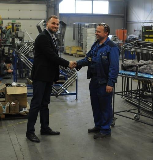 wyposażenie obiektów sportowych w Polsce i na świecie przez firmę produkcyjną