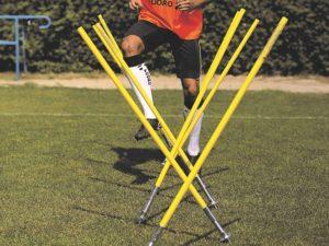 Bending slalom pole